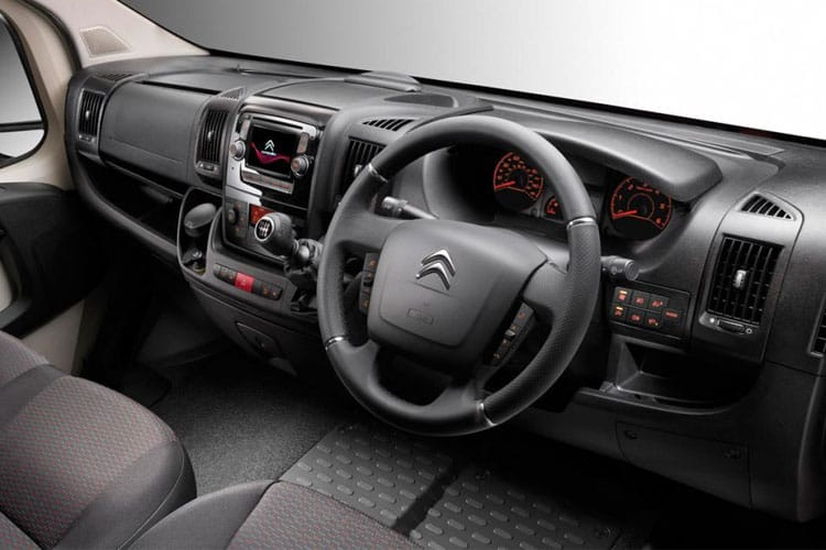 Citroen Relay 35 L4 2.2 BlueHDi FWD 140PS Ready to Run Plus Dropside Manual [Start Stop] inside view